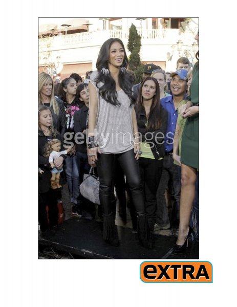 nicole-scherzinger-extra-december-9-2011